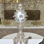 2015.06.14 - 40° Aido Grassobbio - Via Papa Giovanni XXIII  - reliquia del Beato don Carlo Gnocchi al monumento degli Alpini