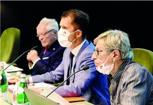 Assemblea Elettiva 20 settembre 2020  -  Il direttivo di Aido, al centro Corrado Valli